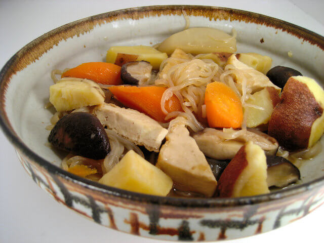 Japanese stew with shirataki (konnyaku noodles)