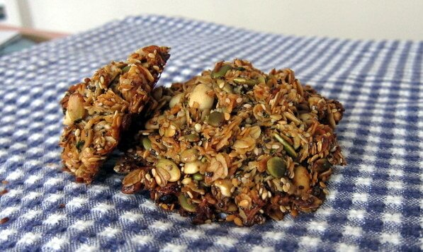 Seed and oat cakes