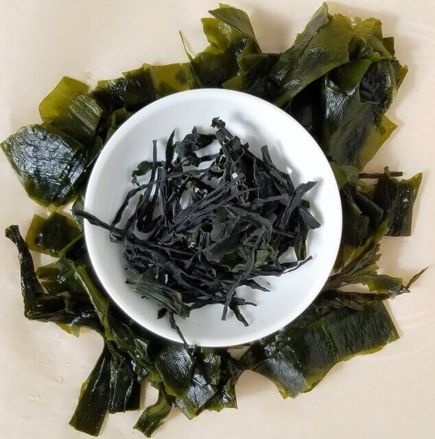 Wakame sea vegetable (sea weed), dried and rehydrated